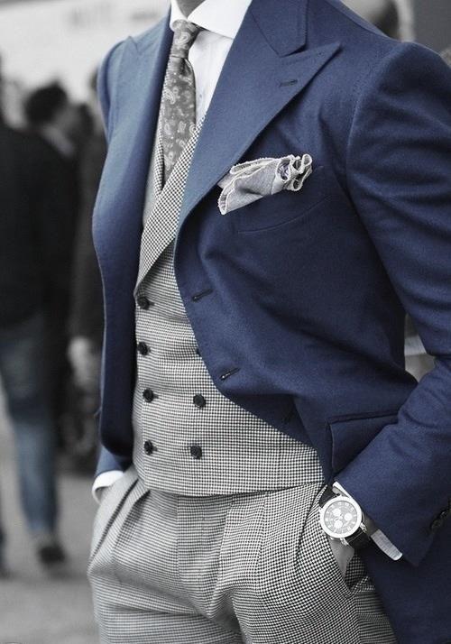 Tailored 3 Pcs Mens Suit
